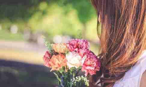 花束の少女