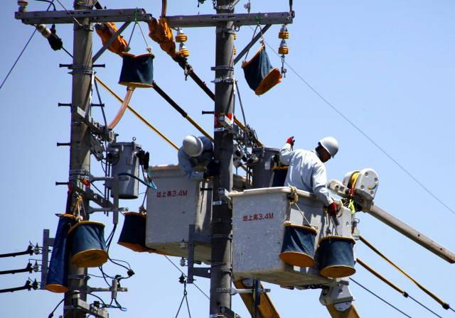 電柱電気工事